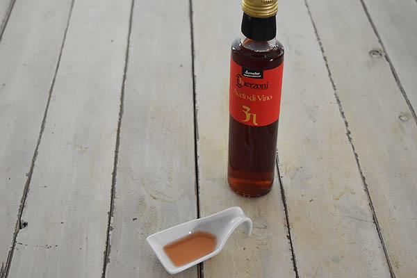 カーサ・モリミさんの有機赤ワインビネガー