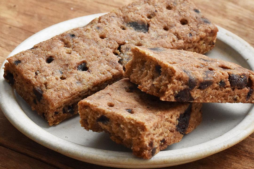 Food Hub Projectさんのカミヤマメイト・チョコチップ味