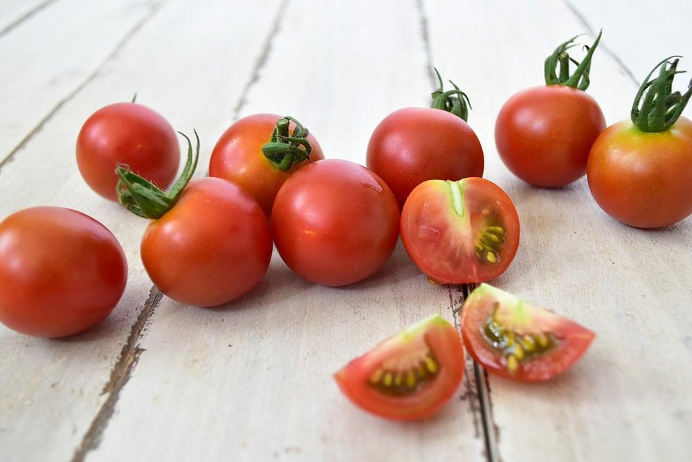杉本さんの中玉トマト・シンディースイート(高知県産)