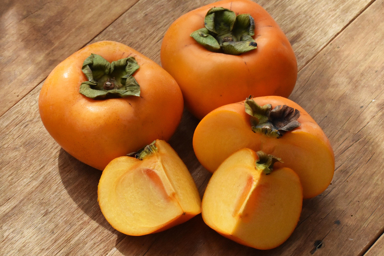 小林さんのひらたね柿(和歌山県産)