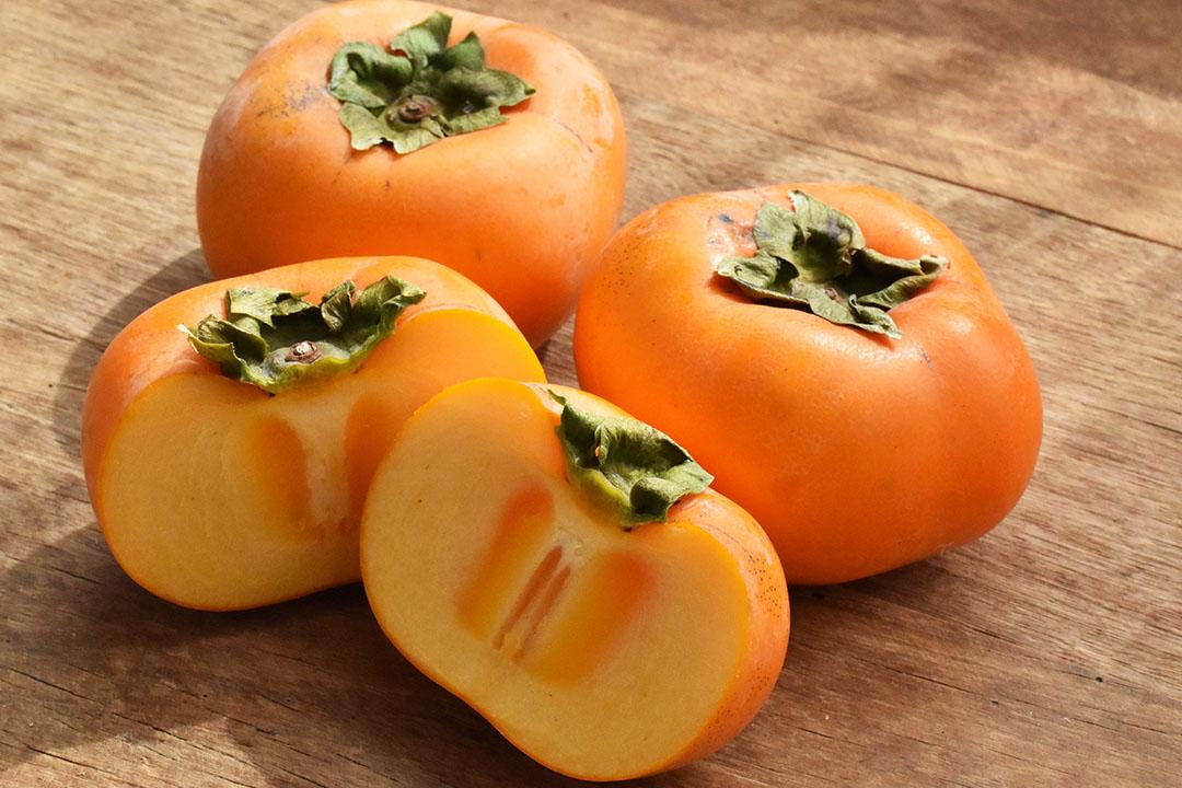 小林さんの刀根早生柿(和歌山県産)