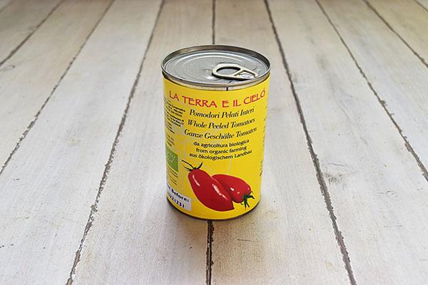 La Terra e li Cieloさんのホールトマト缶