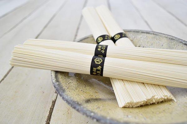 讃岐物産さんのプレミアム小豆島手延素麺