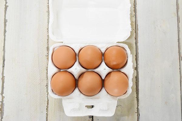 西前さんの平飼い卵(奈良県産)