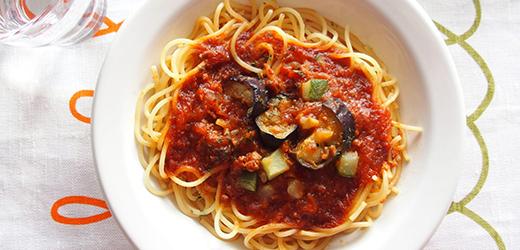 ズッキーニとミートスパゲッティ